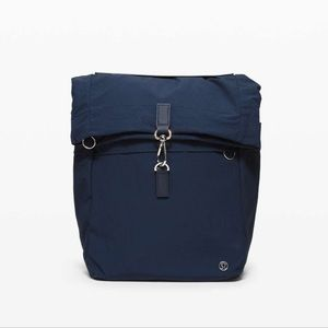 Lululemon athletica cross paths rucksack